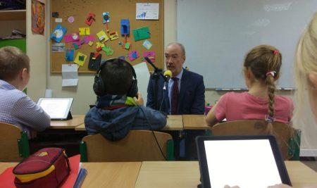 Radio ADK – Monsieur l'Ambassadeur