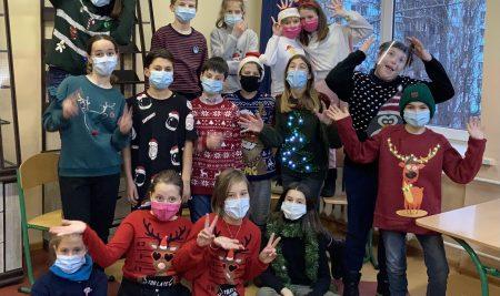 Challenge du pull de Noël au lycée ADK